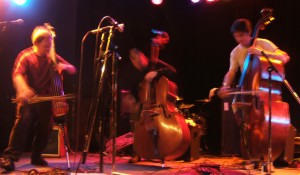 Bass trio